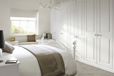 Georgian Smooth White Bedroom