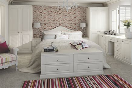Georgian Oyster Bedroom